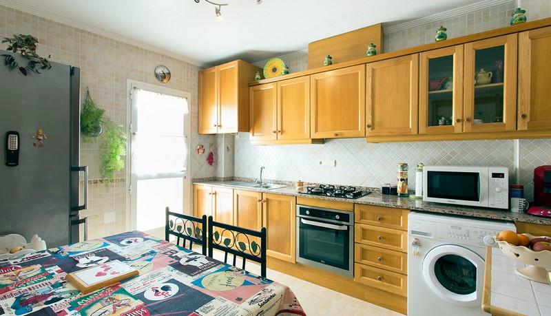 Cinnuelica villa kitchen