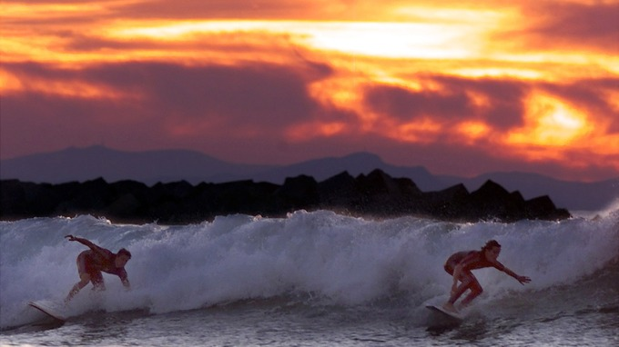 Surfing-San-Sebsatian