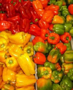 bell-peppers-Bell peppers en masse bell peppers