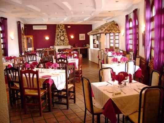 San-Miguel-Bowling-Green-Restaurant