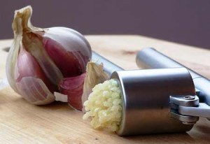 Garlic squeeze