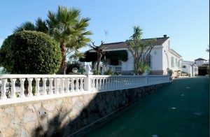 oasis-side-view Property Sales Costa Blanca