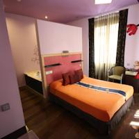 Gay Hostel Pensión Madrid House