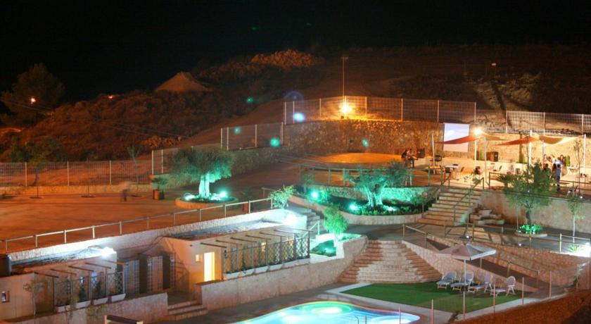 Hospedería Rural la Garapacha large villas