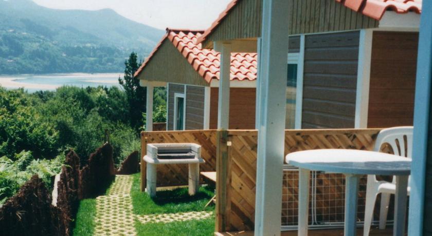 Cabins Bungalows Basque