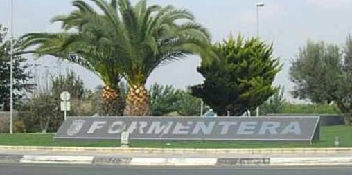 Formetera-roundabout