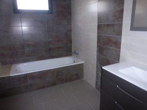 FRANLR JJ165 Bathroom La Romana