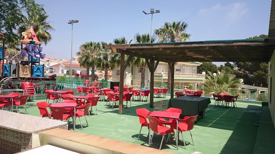 hillside aqua park cafe area