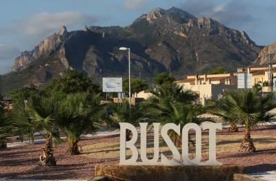 busot mountain