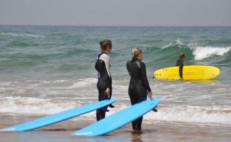 Agidar Surfing